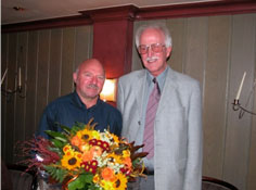 2003 hat der KSB-Vorsitzende Heinz Flathmann (rechts) Sportlehrkraft Bernd Kommer verabschiedet.